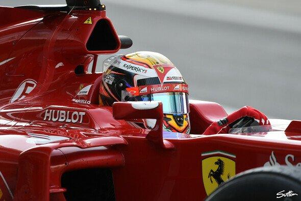 Raffaele Marciello nahm erstmals am Steuer eines Formel-1-Boliden platz. - Foto: Sutton