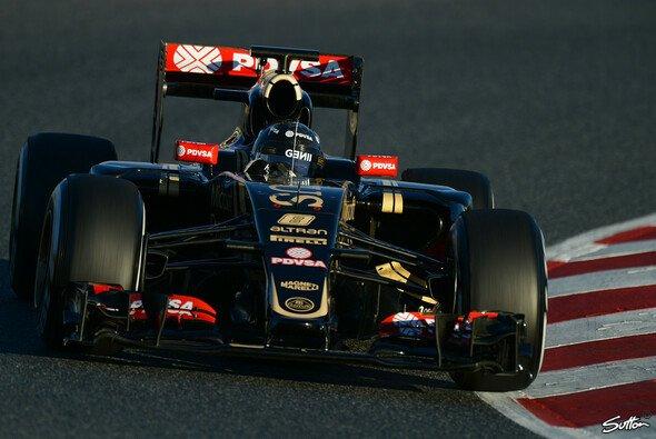 Romain Grosjean sicherte sich die Gesamtbestzeit in Barcelona - Foto: Sutton