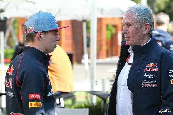 Dr. Helmut Marko dementier Wechselgerüchte um Toro Rosso-Rookie Max Verstappen - Foto: Sutton
