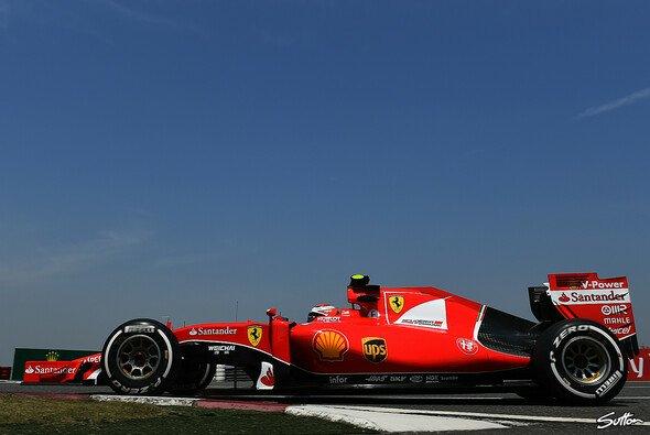 Für Kimi Räikkönen läuft es am Samstag einfach nicht rund - Foto: Sutton