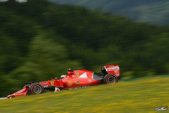 Kimi Räikkönen schafft einen herausragenden Longrun - Foto: Sutton