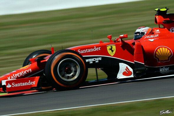Kimi Räikkönen kam auf den Mediums deutlich besser zurecht - Foto: Sutton