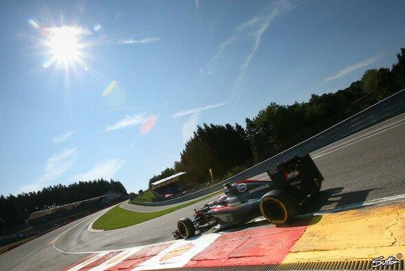 Fährt McLaren wirklich dem Erfolg entgegen? - Foto: Sutton