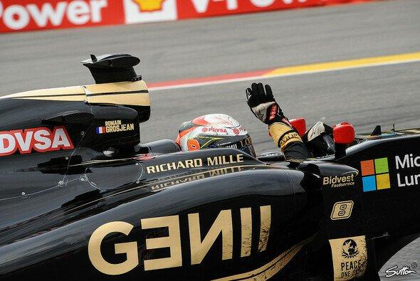 Romain Grosjean fährt in Spa auf das Podium - Foto: Sutton