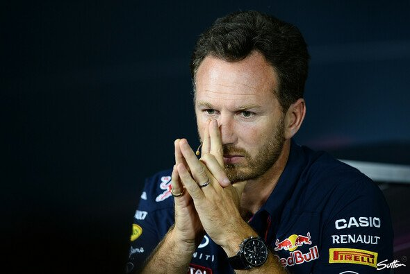 Nachdenklich: Chrstian Horner sah Mercedes in Monza weiter enteilen - Foto: Sutton