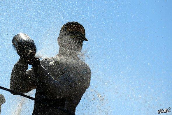 Lewis Hamilton war in Monza nicht zu schlagen - Foto: Sutton