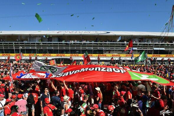 Bernie Ecclestone glaubt nun an die Zukunft für Monza in der Formel 1 - Foto: Sutton