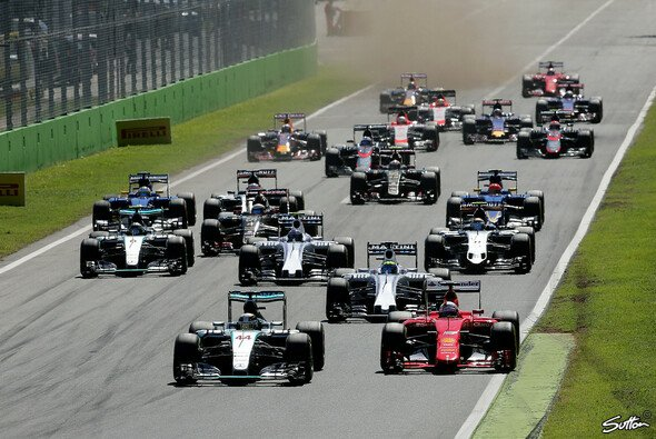 Mark Webber kritisiert das aktuelle Niveau der F1-Piloten - Foto: Sutton