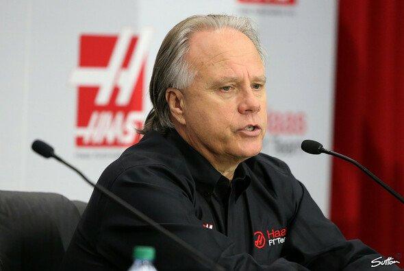 Gene Haas hat für seine Teams in der Formel 1 und Nascar dieselben Budgets - Foto: Sutton