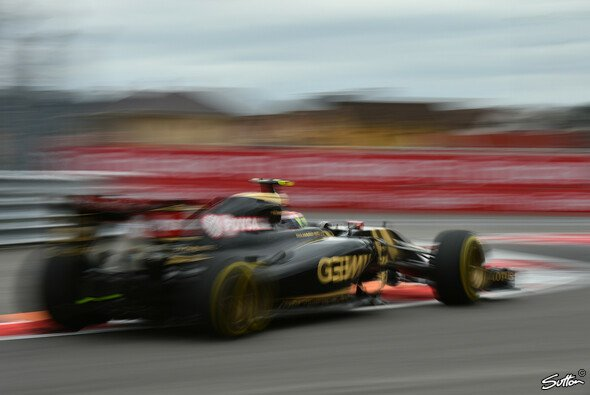 Die Lotus-Fahrer Grosjean, Maldonado und Palmer kamen am Freitag in Russland nur auf 18 Runden - Foto: Sutton