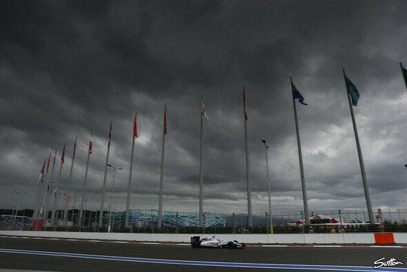 2021 soll es über dem Autodromo Sotschi vor allem am Samstag so aussehen - Foto: Sutton
