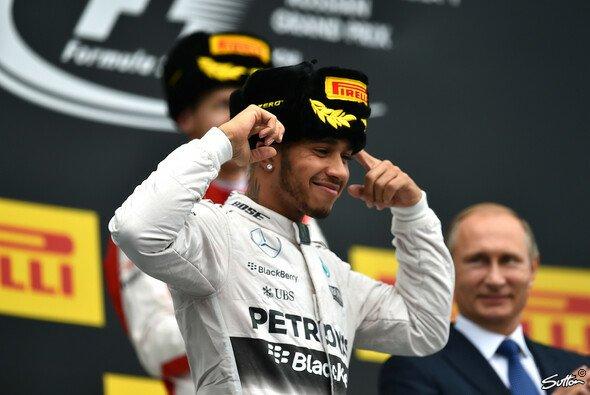 Neunter Saisonsieg für Lewis Hamilton - Foto: Sutton
