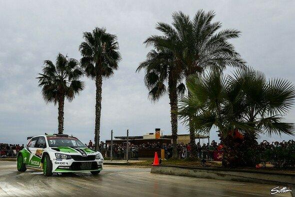 Pontus Tidemand konzentriert sich 2016 auf die WRC2 - Foto: Sutton