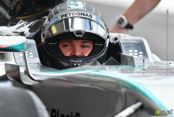 Rosberg konnte am Freitag seinen Teamkollegen erneut hinter sich lassen - Foto: Sutton