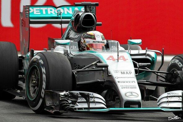Lewis Hamilton wird in Mexiko Zweiter - Foto: Sutton