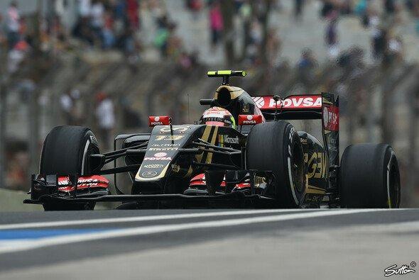 Lotus reiste verspätet zum Saisonfinale in Abu Dhabi - Foto: Sutton