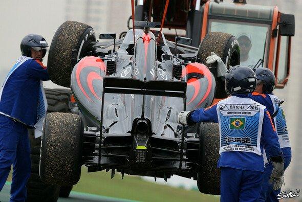 So sah man den McLaren von Fernando Alonso gefühlt am häufigsten - Foto: Sutton