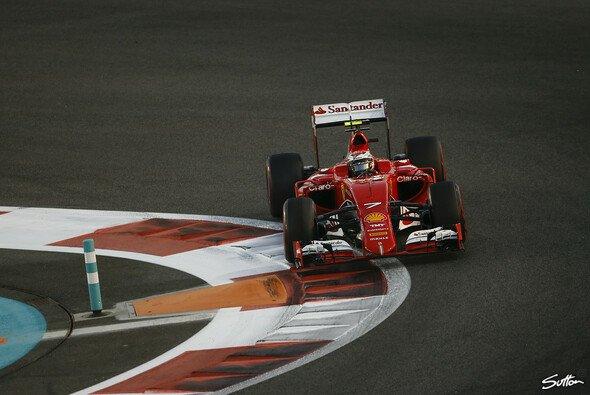 Motorsport-Magazin.com checkt eine Saison voller Höhen und Tiefen für Kimi Räikkönen - Foto: Sutton
