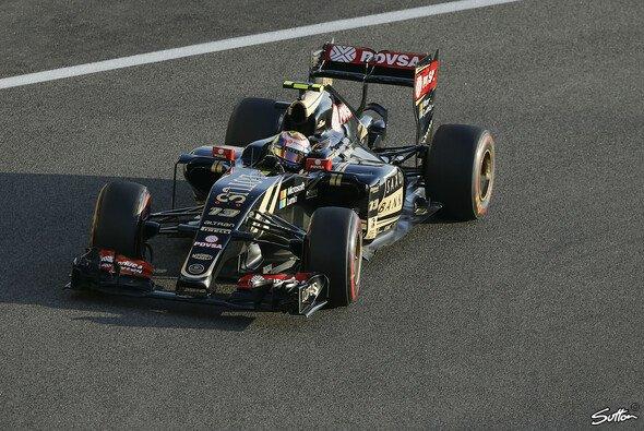 Die Übernahme Lotus' durch Renault zog sich lange hin - Foto: Sutton