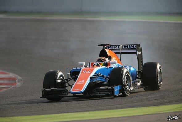 Pascal Wehrlein hat seine ersten zwei Tage als Manor-Pilot hinter sich - Foto: Sutton