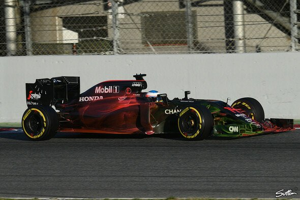 Der McLaren von Alonso im Sprayer-Look - Foto: Sutton