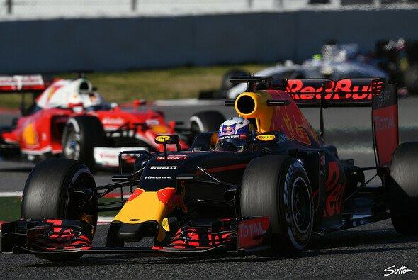 Red Bull, Ferrari oder Williams? Wer präsentiert sich in Brasilien am stärksten? - Foto: Sutton
