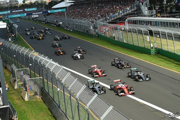 Der Start zum Australien GP - Foto: Sutton
