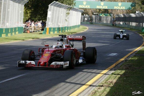 Sebastian Vettel fuhr in Australien auf den dritten Platz - Foto: Sutton