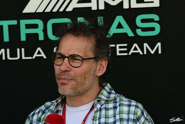 Jacques Villeneuve zählte nach dem Formel-1-Rennen in Monza nicht zu den Fans von Charles Leclercs kompromisslosen Stil - Foto: Sutton