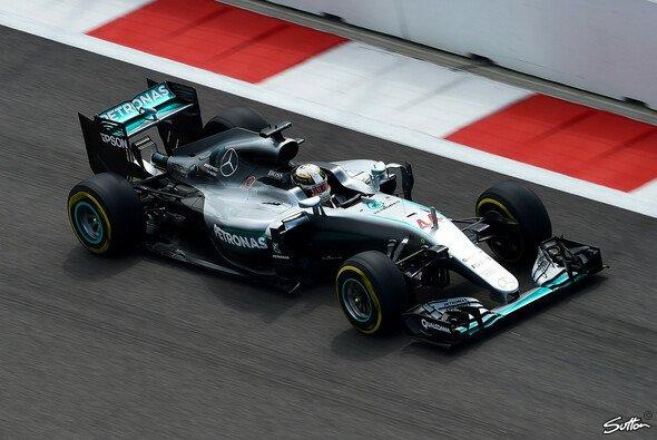 Bestzeit für Lewis Hamilton in Sochi - Foto: Sutton