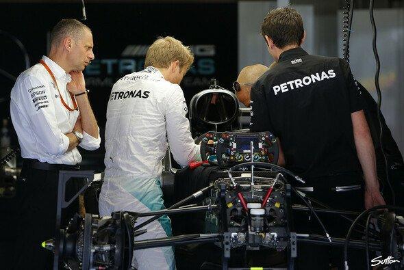 Nico Rosberg muss bis zum Ungarn GP um sein Getriebe fürchten - Foto: Sutton