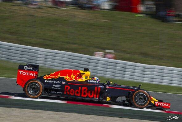 Ricciardo im Red Bull in Spanien - Foto: Sutton