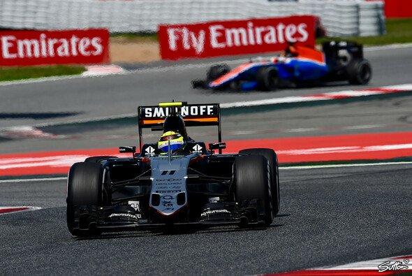 Sergio Perez sieht immer noch einen erheblichen Rückstand auf Williams und Toro Rosso - Foto: Sutton