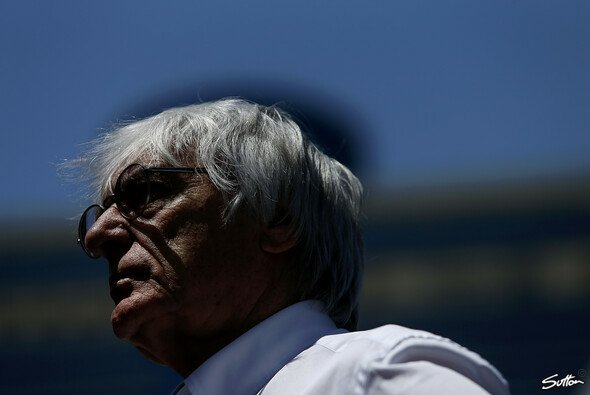 Bernie Ecclestone wird in Goodwood geehrt - Foto: Sutton