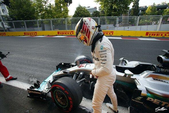 Lewis Hamilton erlebte 2016 in Baku ein katastrophales Wochenende - Foto: Sutton