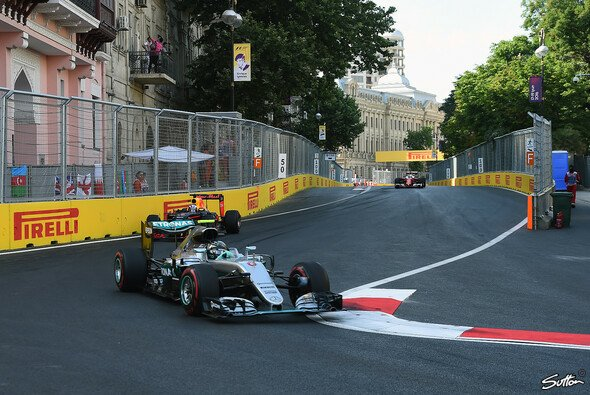 Nico Rosberg gewann in Baku souverän - Foto: Sutton