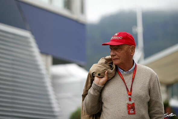 Niki Lauda will seine Ex-Airline NIKI nach Lufthansa-Ausstieg und Insolvenz nun selbst übernehmen - Foto: Sutton