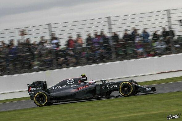 Jenson Button belegte in Silverstone Platz zwölf - Foto: Sutton