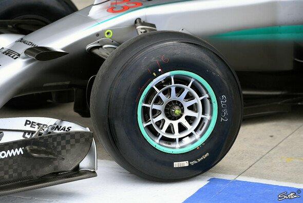 Neue Reifenmischungen im Einsatz - Foto: Sutton