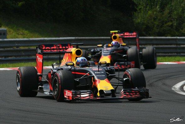 Daniel Ricciardo und Max Verstappen wollen Ferrari am Hockenheimring erneut hinter sich lassen - Foto: Sutton