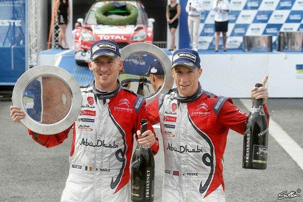 Kris Meeke gewann die Rallye Finnland, Craig Breen feierte sein erstes Podium - Foto: Sutton