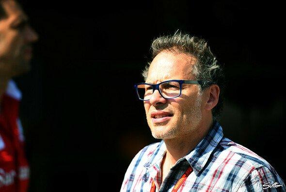 Jacques Villeneuve glaubt nicht, dass Toro Rosso mit Honda ab 2018 Erfolg haben wird - Foto: Sutton