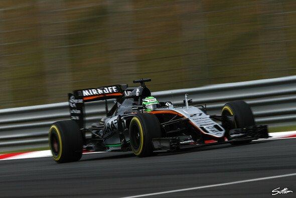 Force India präsentiert sich in Malaysia stark - Foto: Sutton