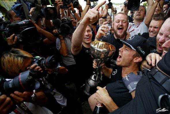 Nico Rosberg gewann den Japan GP in Suzuka zum ersten Mal - Foto: Sutton