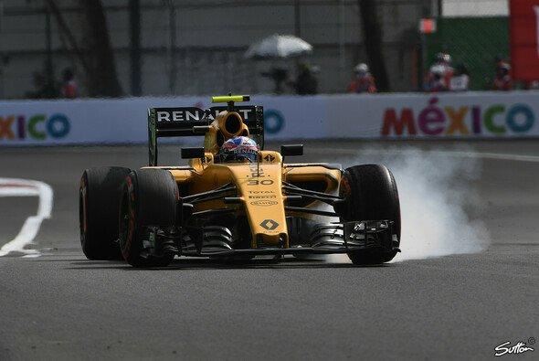 Jolyon Palmer konnte wegen eines Risses im Chassis nicht am Qualifying teilnehmen - Foto: Sutton