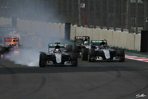 Lewis Hamilton muss gegen Nico Rosberg im Saisonfinale bis an die äußersten Grenzen gehen - Foto: Sutton