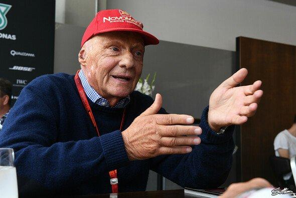 Niki Lauda will wieder ins Fluggeschäft einsteigen - Foto: Sutton