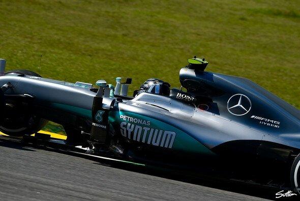 Nico Rosberg fuhr in Brasilien die Bestzeit im 3. Training für Mercedes - Foto: Sutton