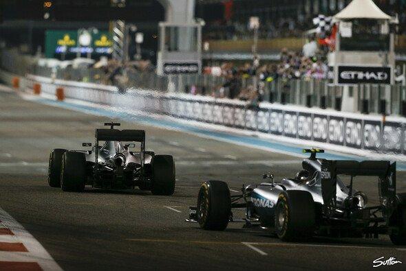 Lewis Hamilton siegt in Abu Dhabi - aber der WM-Titel geht an Nico Rosberg - Foto: Sutton