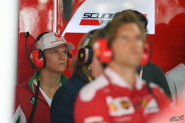 Mick Schumacher soll Gerüchten zufolge bereits 2019 Teil der Ferrari Driver Academy werden - Foto: Sutton